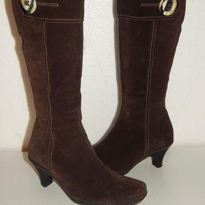 LA CANADIENNE brown suede heel boots 7